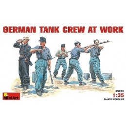 1/35 GERMAN TANK CREW AT