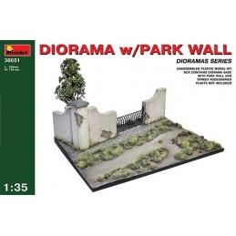 1/35 DIORAMA W/PARK WALL