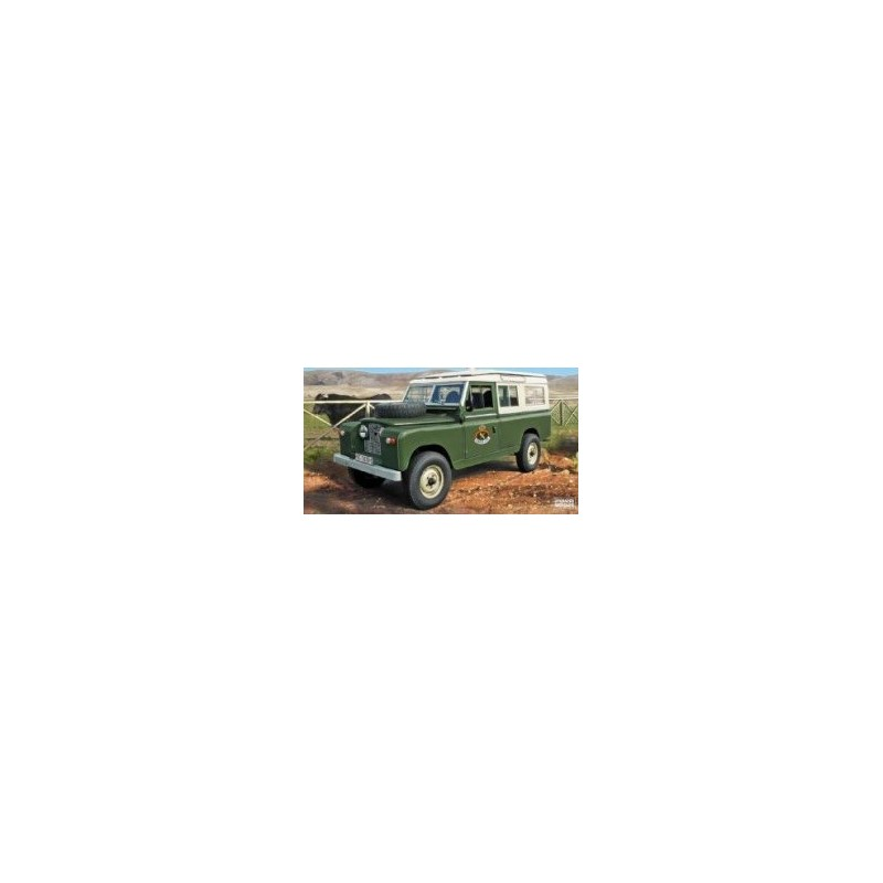 ITA-6542 ITALERI 6542 1/35 LAND ROVER 109 Guardia Civil