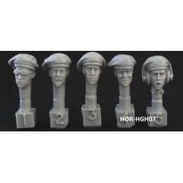 HOR-HGH07 1/35 5 heads. Ger. WW2 panzerberet