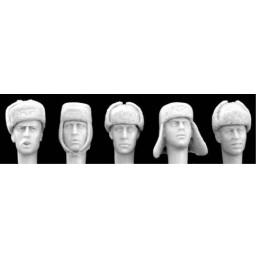 HOR-HGH12 HORNET HGH12 1/35 GERMAN 5 ASSORTED HEADS - Winter Fur Caps