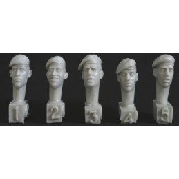 HOR-HQH02 HORNET HQH02 1/35 5 heads, berets mod. style, right pull