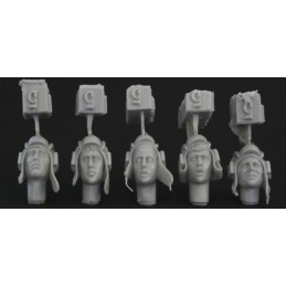 HOR-HRH05 1/35 5 different heads with WW2 Soviet tank helmet.
