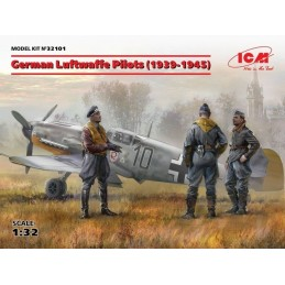 ICM-32101 ICM 32101   1/32 German Luftwaffe Pilots (1939-1945) (3 figures) (100% new molds)