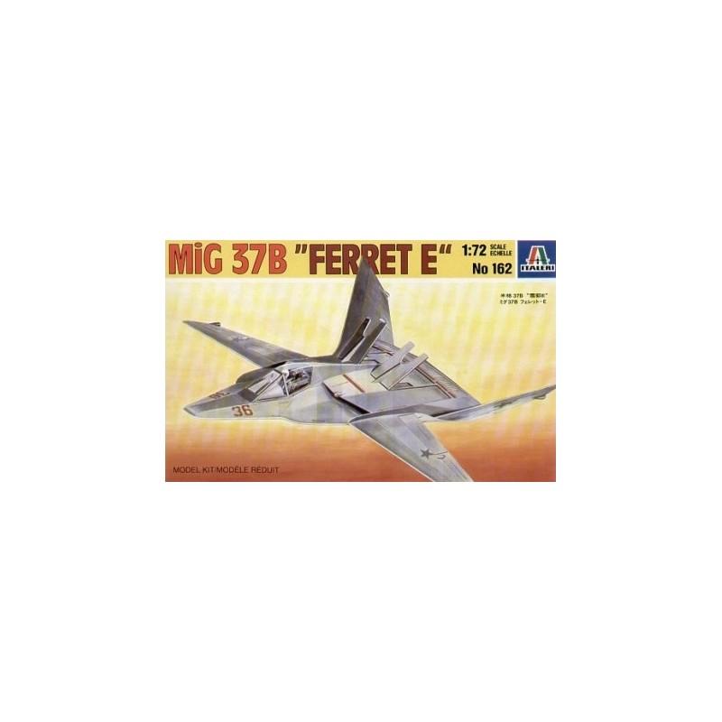 ITA-0162 ITALERI 0162 1/72 MIG-37B FERRET E