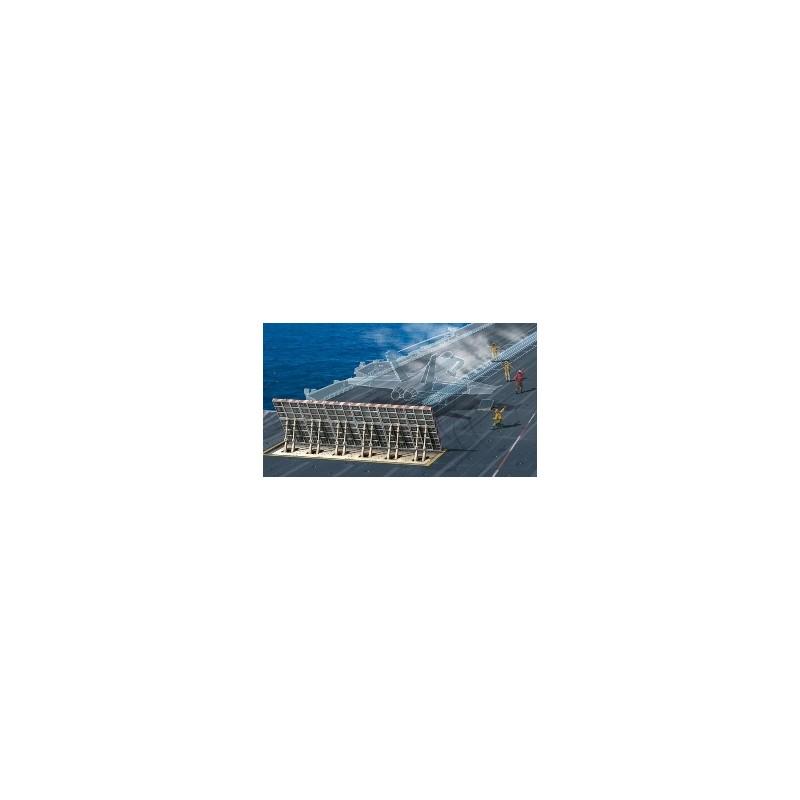 ITA-1326 1/72 SECCION DE CUBIERTA DE UN PORTAAVIONES