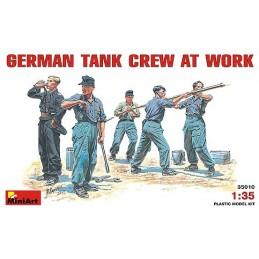 MA-35010 1/35 German Tank Crew at work
