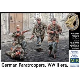 MB-35145 MASTER BOX 35145 1/35 German Paratroopers. WW II era