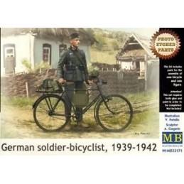 MB-35171 1/35 German soldier-bicyclist, 1939-1942