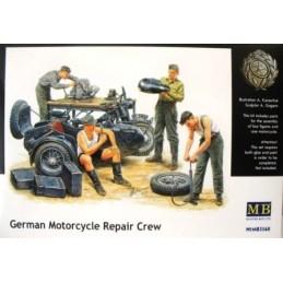 MB-3560 1/35 German Motorcyle Repair Crew