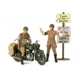 TAM-35316 TAMIYA 35316 1/35 SET DE MOTOCICLETA BSA M20 Y POLICIA MILITAR