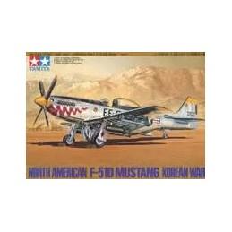 TAM-61040 TAMIYA 61040 1/48 North American P-51D Mustang™ 8th Air Force