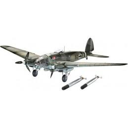 REV-4836 1/32 BOMBARDERO...
